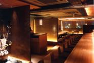 店内柔和的气氛一定会为你营造一个美好的夜晚。